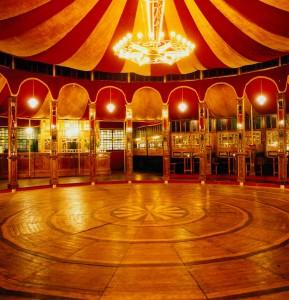 Spiegeltent Interior