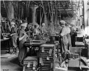 Women Factory work WWI