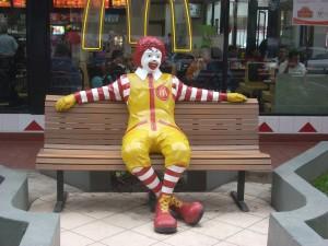 McDonalds-ethical-unethical-marketing-children